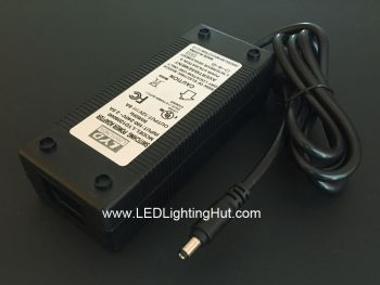 12V 8A 96W Plug in Power Supply Adapter, 100-240V AC Input